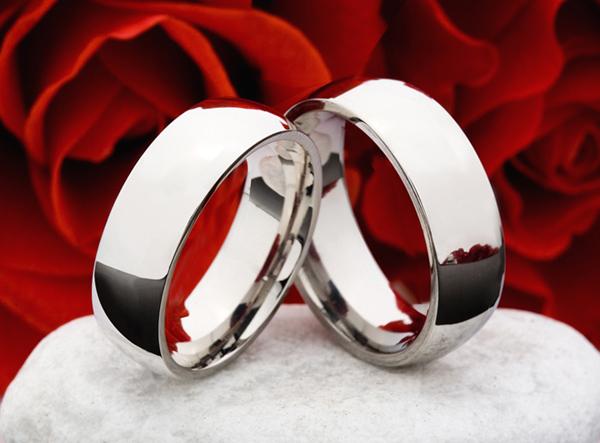 Klassische Partnerringe Verlobungsringe aus Titan Ring Gravur Gratis T191